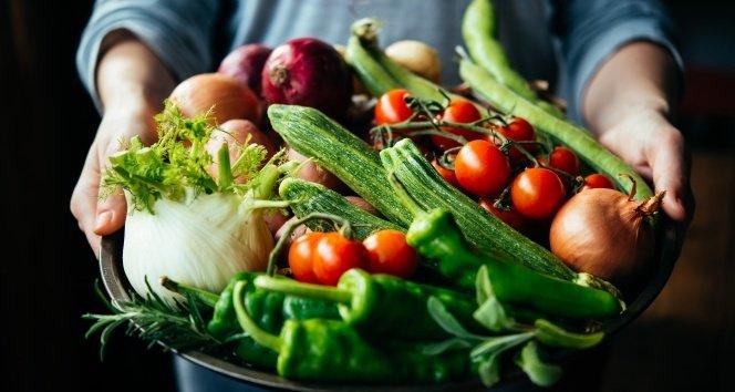 Gıdalarda pestisit kullanımı tehlikeli mi, yararlı mı?