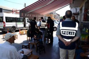 Balıkesir de polis aranan 37 kişiyi yakaladı