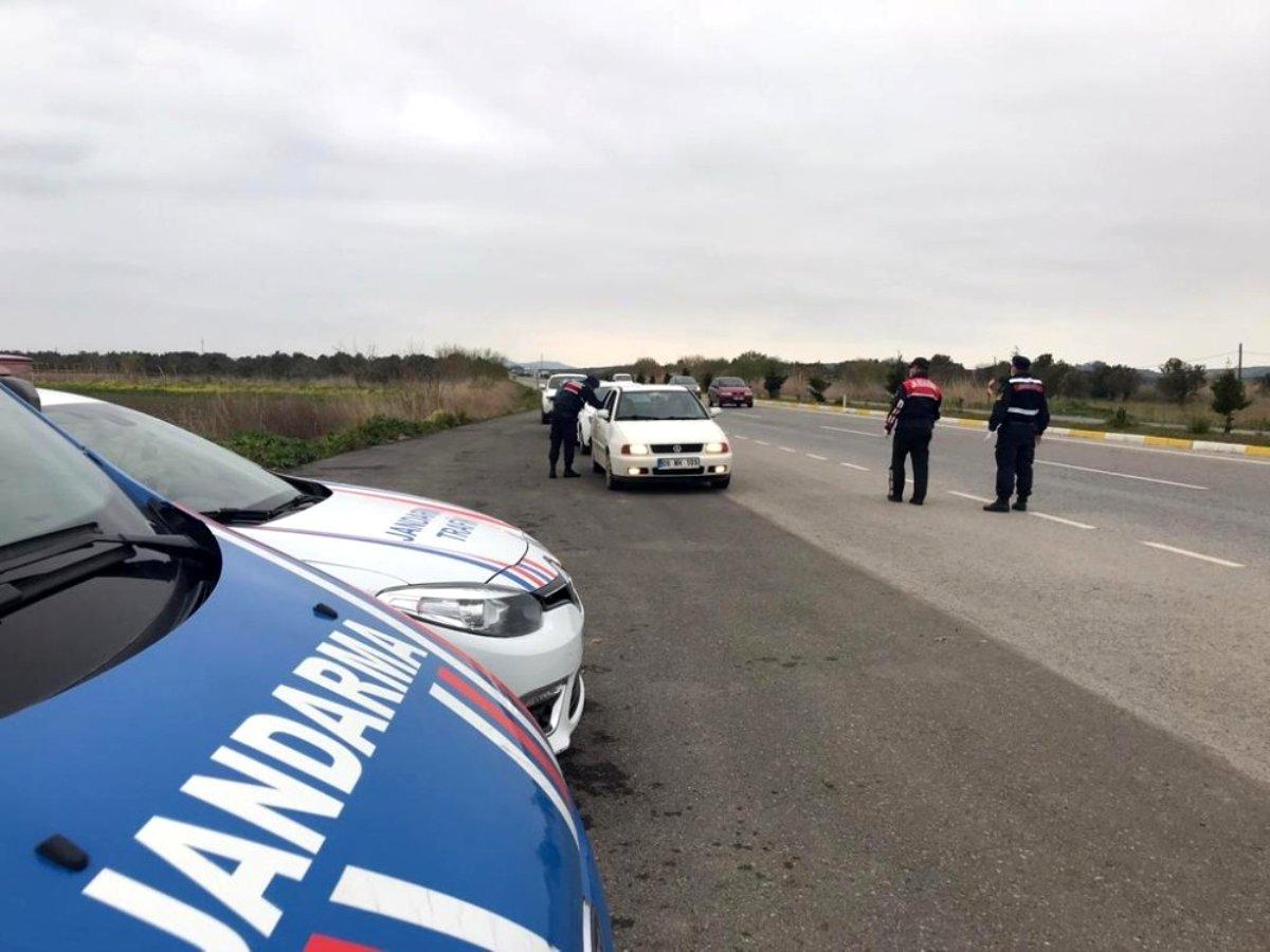 Jandarma, Balıkesir de aranan 34 kişiyi yakaladı