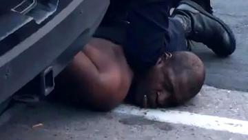 Floyd'un polislere söyledikleri vicdanları sızlattı.