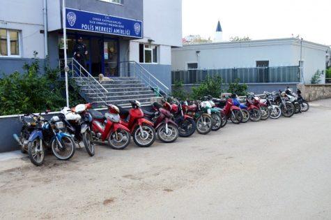 Erdek te 5 çalıntı motosiklet ele geçirildi