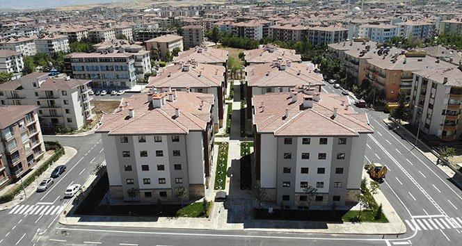 Elazığ'dan tepki çeken haber, bazı depremzedeler aldığı dairelere 2 bin 150 TL kira istedi