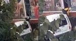AVM'deki mağazanın camının kırarak onlarca mont çaldılar