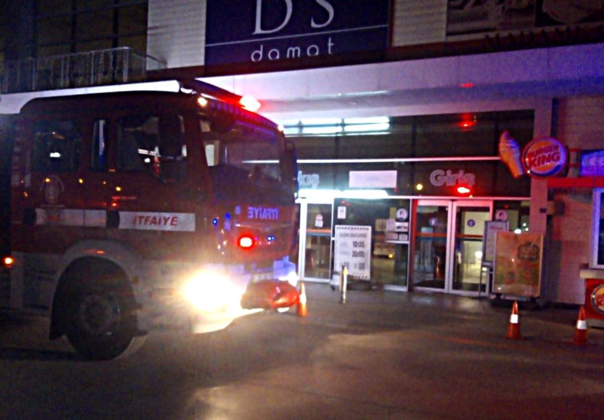 Son dakika haber! Edremit AVM de yanlış yangın alarmı paniğe neden oldu