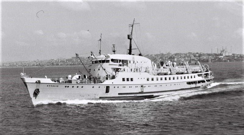 Bandırma'nın Kuğu            Gibi Gemileri