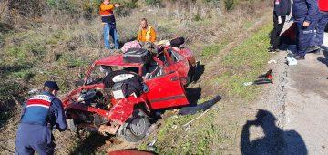 Takla atan araçta 4 kişi yaralandı