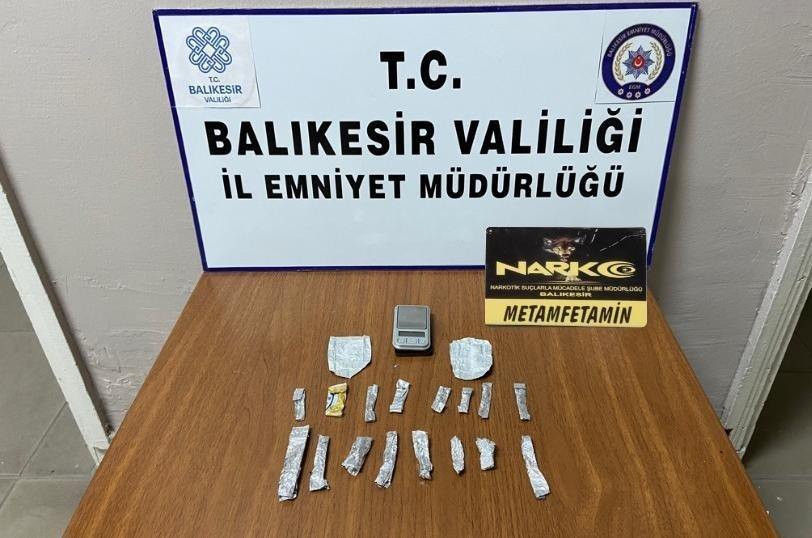 Balıkesir'de 19 şüpheliye uyuşturucu operasyonu