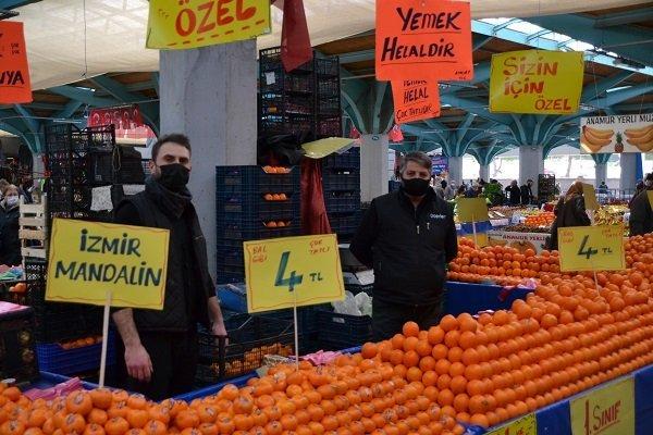 """""""Bandırma'da pazarlar, marketlerden yüzde 50 daha ucuz"""""""