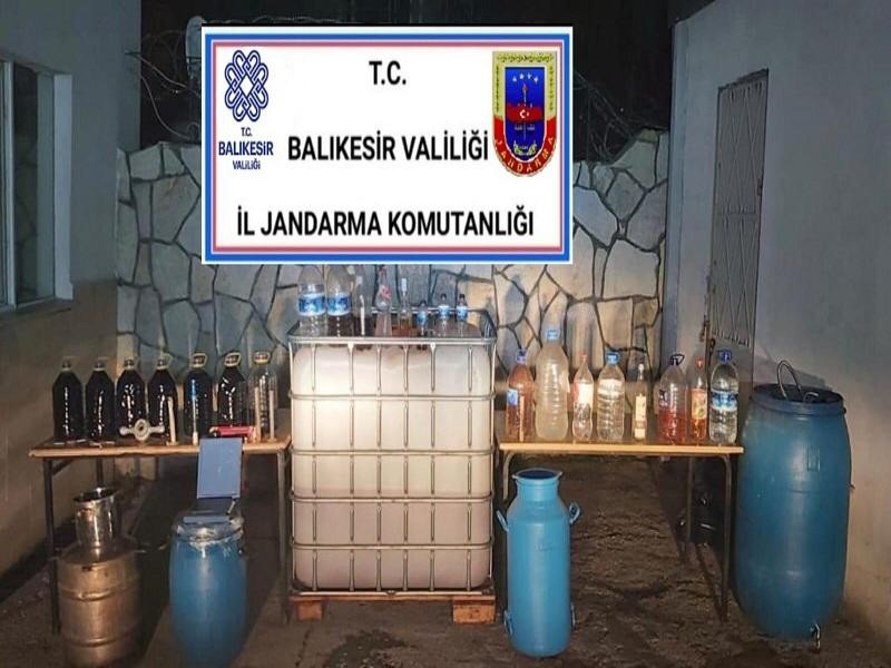Emreköy'de 800 litre sahte içki ele geçirildi