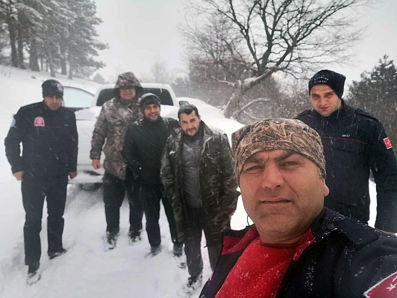 Dağda donmak üzere olan üç çoban kurtarıldı