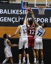 Potada rakip İstanbul Basket