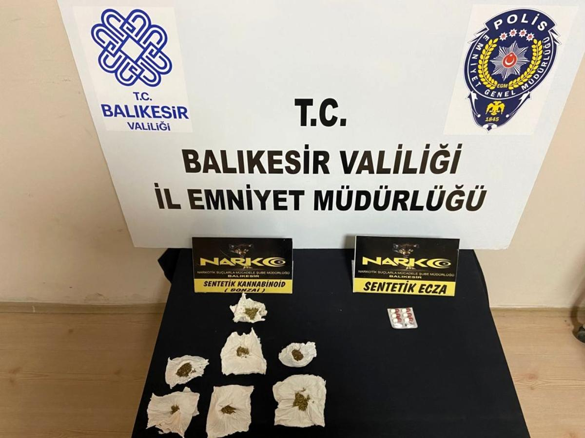 Balıkesir de polisten 34 şahsa asayiş ve uyuşturucu operasyonu