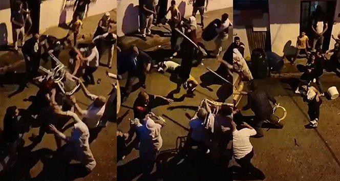 Sandalyeler sopalar böyle havada uçtu…Polis havaya ateş açmak zorunda kaldı
