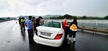 Susurluk ta otoyolda trafik kazaları: 2 yaralı