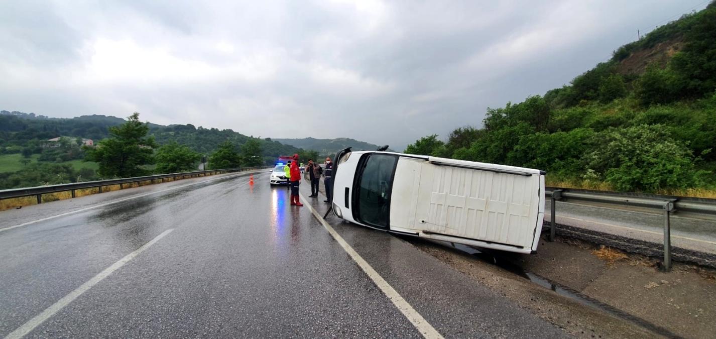 Susurluk ta trafik kazası: 1 yaralı