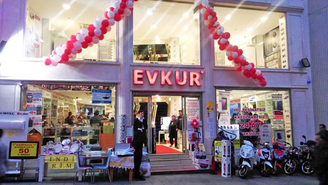 Evkur'a Sosyal medyada tepki yağıyor