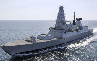 Rusya Karadeniz'de İngiliz savaş gemisine uyarı ateşi açtı