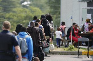 Yıl sonuna kadar 401 bin yeni göçmen alacak