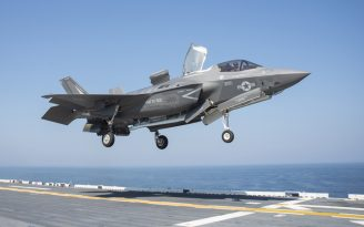 Japonya, ABD'nin F-35 programına dahil edildi