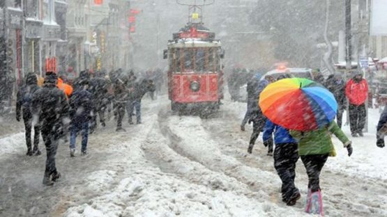 Meteoroloji'den İstanbul için kara kış uyarısı: Son 10 yıla göre kar yağışı fazla olacak
